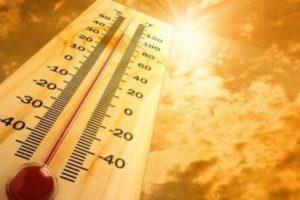 Caldo, Lucifero staziona ancora in Sicilia: a Catania prolungata allerta di livello 3 : Temperature oltre 40 gradi.