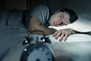 Insonnia e apnee notturne, rischio di incidenti stradali tre volte più alto Maggiore prevalenza di malattie cardiovascolari