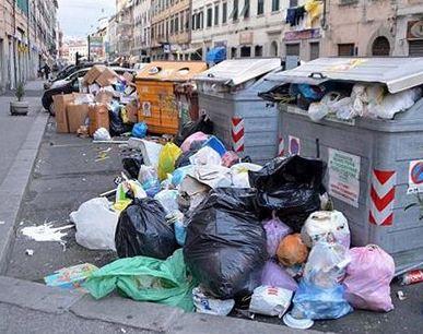La raccolta differenziata dei rifiuti a Catania e a Palermo